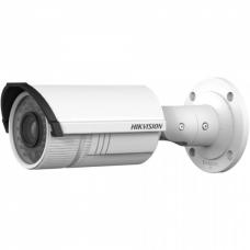 HikVision DS-2CD2622F-IS – Уличная сетевая камера в цилиндрическом корпусе.